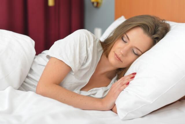 良質な睡眠が貯金を増やす?貯金4000万円男の睡眠習慣8選